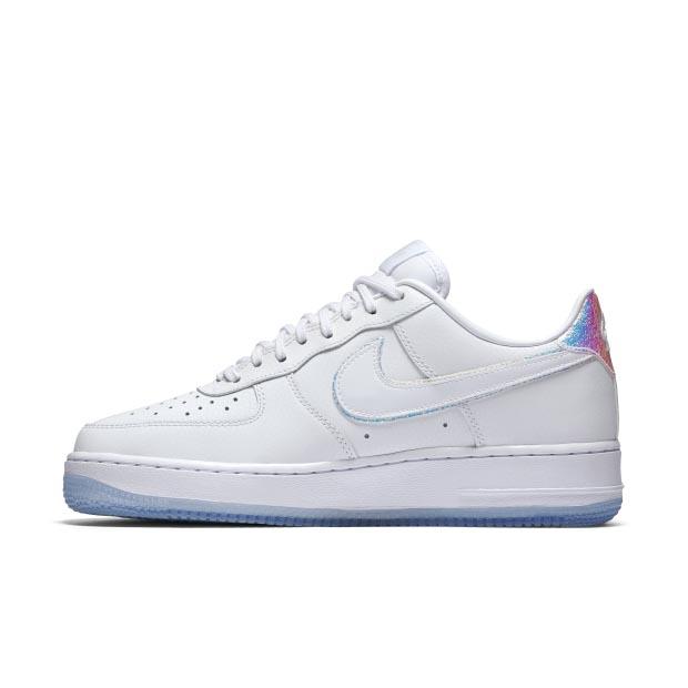 【波鞋消息】女生專屬 Air Force 1 Iridescent 幻彩冰藍鞋開賣了!
