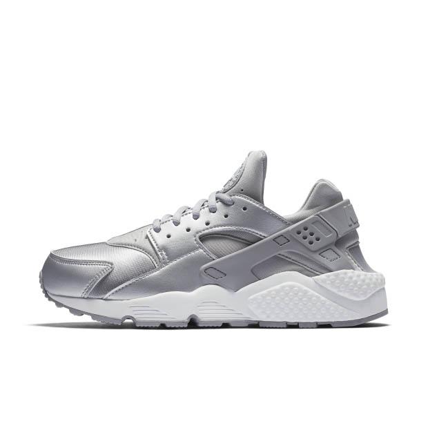 Nike Huarache Run 勁減65折!折左HK$441!