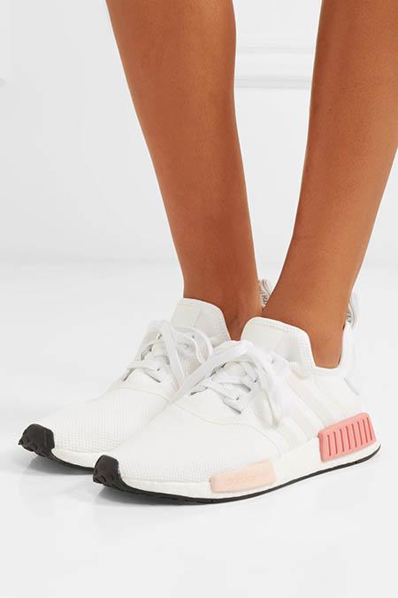 超人氣Adidas NMD R1 粉色波鞋只售約HK$927!直寄香港!