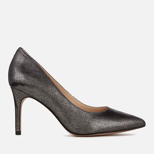 英國Clarks鞋激抵優惠!Ballet平底鞋HK$263有對!免運費