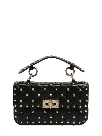 網購Valentino最新款Rockstud Spike 手袋有折啦!平最多HKhttp://www.ibuyclub.com/wp-content/uploads/2017/08/SMALL-SPIKE-LEATHER-SHOULDER-BAG-BLACK.jpg,990!