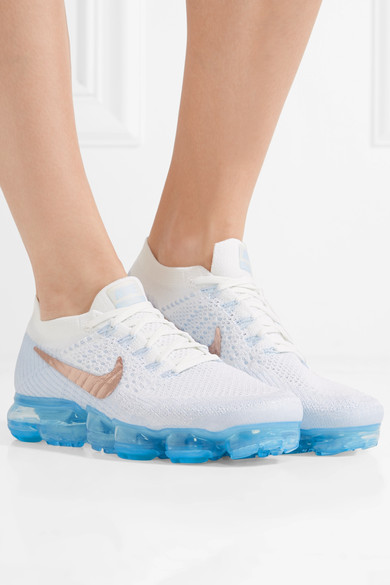 全球瘋搶!英國網購Nike Air VaporMax 只售HKhttp://www.ibuyclub.com/wp-content/uploads/2017/09/Air-Vapomax-Flyknit-sneakers-sky-blue-model.jpg,494!免費寄香港澳門