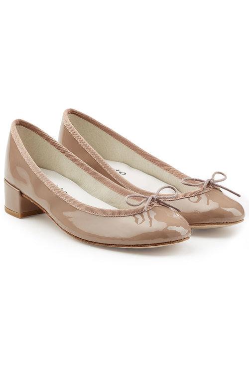 OL必買!法國Repetto芭蕾舞鞋勁抵買,最平HKhttp://www.ibuyclub.com/wp-content/uploads/2017/09/Camille-Patent-Leather-Pumps-BEIGE.jpg,480起!