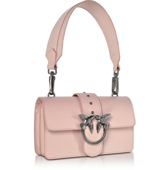 人氣勁爆!意大利Pinko燕子包限時優惠!HKhttp://www.ibuyclub.com/wp-content/uploads/2017/09/Mini-Love-Antique-Pink-Leather-Shoulder-Bag-e1504762040922.jpg,912起!限量版有份!