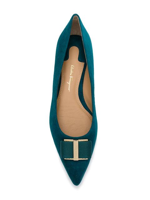 超震撼低價登場,意大利Salvatore Ferragamo低至3折優惠,鞋款最平HK$1,840起