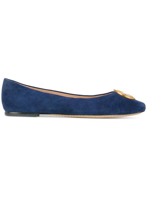 超級抵呀,Tory Burch低至45折優惠,logo鞋款http://www.ibuyclub.com/wp-content/uploads/2017/12/Tory-Burch-Chelsea-ballerinas-blue-dec16.jpg,144起、手袋http://www.ibuyclub.com/wp-content/uploads/2017/12/Tory-Burch-Chelsea-ballerinas-blue-dec16.jpg,210起