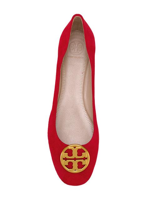 超級抵呀,Tory Burch低至45折優惠,logo鞋款http://www.ibuyclub.com/wp-content/uploads/2017/12/Tory-Burch-Chelsea-ballerinas-dec16.jpg,144起、手袋http://www.ibuyclub.com/wp-content/uploads/2017/12/Tory-Burch-Chelsea-ballerinas-dec16.jpg,210起