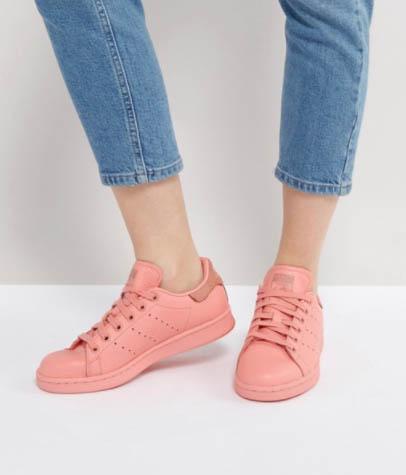 ASOS 低至3折大減價啦,平買adidas 波鞋低至HK$300起