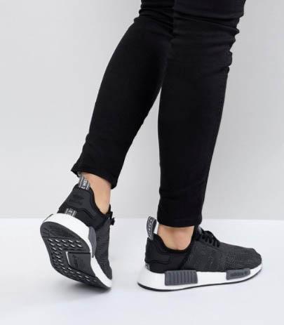 ASOS 全網72折優惠,最新款NMD 黑色波鞋(男女裝) 超抵買推介+免運費