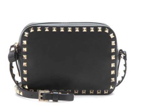 最後一日衝刺,網購Valentino手袋鞋款滿HK,000減HKhttp://www.ibuyclub.com/wp-content/uploads/2018/02/rockstud-cross-body-leather-bag-feb20.jpg,000優惠,新款、經典款都得