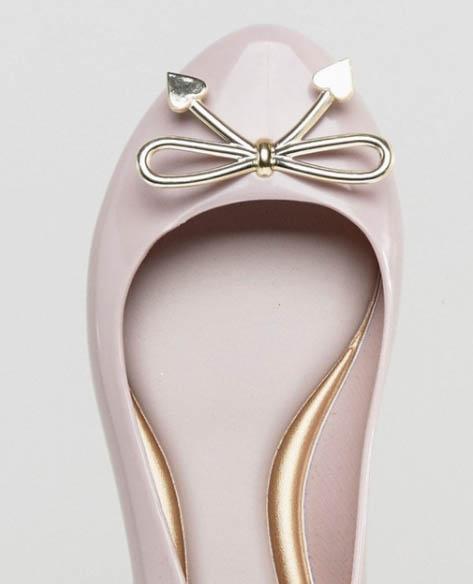 ASOS低至4折減價,Melissa副牌ZAXY平底鞋低至HK$305+免運費