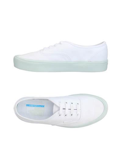 YOOX 名牌網大減價 65 折優惠,買平波鞋機會嚟啦
